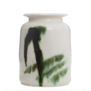 Vessel..Porcelain..Peter Fulop...€240